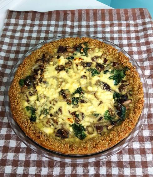 Baked quinoa greek quiche